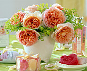 Bouquet with English rose 'Abraham Darby', Alchemilla