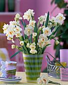 Narcissus 'Bridal Crown' (fragrant narcissus)