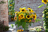Yellow bouquet from Helianthus annuus (sunflower), Rudbeckia