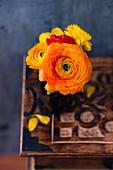 Spring arrangement with ranunculus