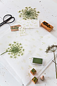 Wild carrot flowers used as printing block motif