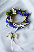 Spring wreath of grape hyacinths