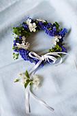 Spring wreath of grape hyacinths