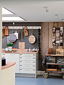 Fitted kitchen in natural shades in Scandinavian vintage style