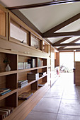 Fitted bookshelves and cabinets