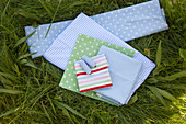 Cotton and waxed fabrics for making hand-sewn picnic accessories