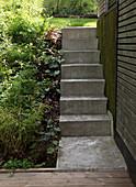 Exterior staircase made of concrete
