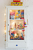 Colorful toy cabinet