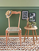 Chair with macrame seat