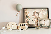 Vintage-style fairy-tale pictures and dolls' house furniture