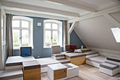 Modern, modular and stackable elements in living room