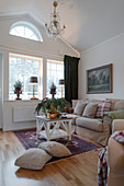 Cosy living room in Scandinavian country-house style