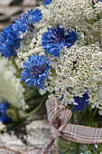 Bouquet of Queen Anne's lace and cornflowers