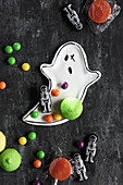 Ghost-shaped, modelling clay dish and Halloween sweeties