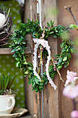 Heart-shaped box wreath with lace ribbon