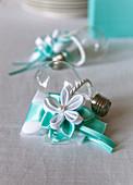 Wedding decoration: gift with lightbulb