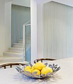 Designer Silberschale mit Zitronen
