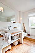 Bathroom furnished in country style, Hamburg, Germany