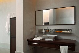 Classic, modern washstand in minimalist bathroom