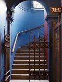 Treppenaufgang in Jamies Italian Cheltenham Restaurant, England