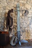 Valet stand made from recycled wooden slat