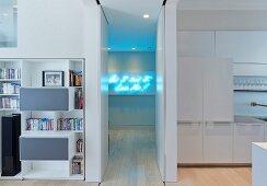 Private Apartment, London, United Kingdom. Architect: Hill Mitchell Berry, 2014. Narrow corridor