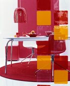 70s-style dining area in red and orange
