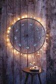 Sternenrad: Uplcycling einer alten Radspeiche mit Lichterkette als Weihnachtsdeko