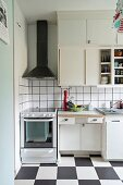 50s-style kitchen with chequered floor