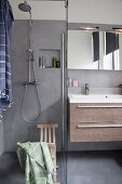 Modern bathroom in shades of grey