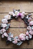 Wreath made from flowering poplar and pink hydrangea flowers