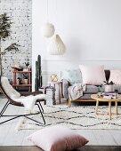 Modernes Wohnzimmer im Skandinavischen Stil