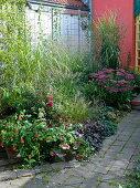 Grassy bed in the artist garden