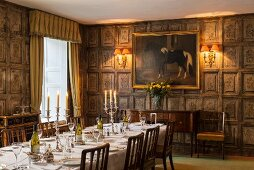 Historical dining room with coffered walls in Cornwell Manor