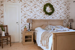 Classic bedroom in beige and white