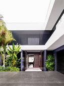 Balconies and terraces frame the architect's house with clear lines