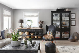 Classic living room in grey and black