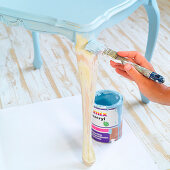 Renovating an old side table with pale blue paint