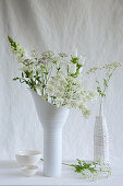White bouquet of cow parsley, astrantia, snapdragons and Canterbury bells
