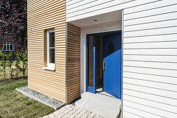 Holiday houses in a modern wood look at Heiligenhafen, Schleswig-Holstein, Baltic Sea, North Germany, Germany, with property release