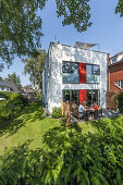 modern sigle-family house in Hamburg, north Germany, Germany