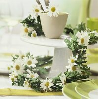 Garland of marguerites