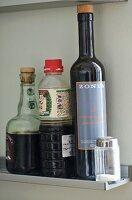 Food products on narrow shelf
