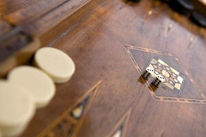Tawla (Arabian backgammon)