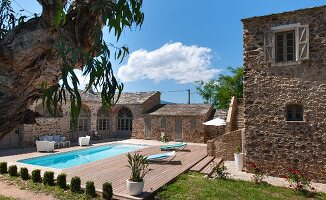 Sun and blue sky - Mediterranean residential complex with pool and terrace