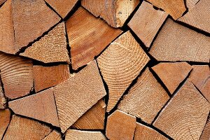 Stacked firewood (close-up)