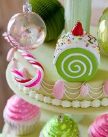 Christmas-baubles cupcakes on cake stand