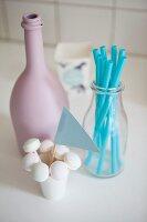 Pastellfarbenene Küchen-Accessoires