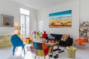 Designer furniture in Pop-Art living room