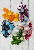 Color Easter eggs naturally
